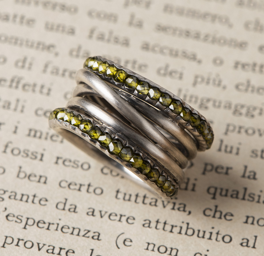 New Art_Anello in argento con quarzi verdi_g2