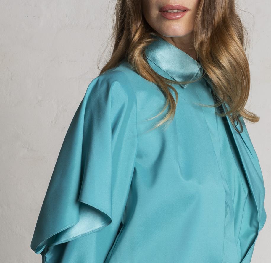 Atelier Meni_Camicia in raso lucido e opaco color verde smeraldo_g4